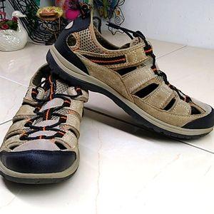 🔴 Ozark Trail Men's Slip On Sandal Shoes